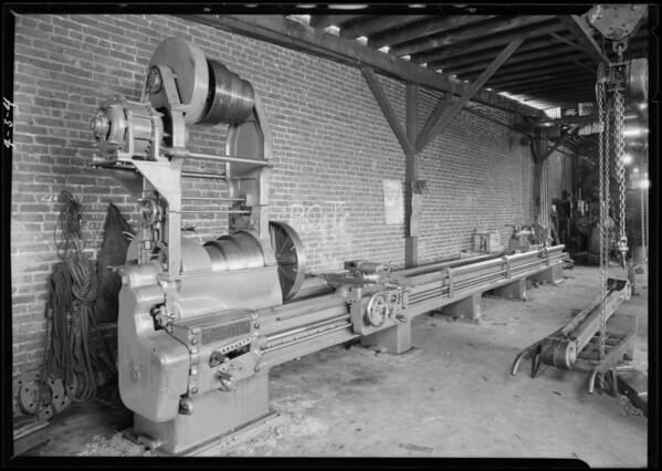 Large lathe by Axelson, Southern California, 1926