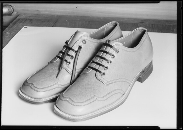 Young's shoes, Southern California, 1925