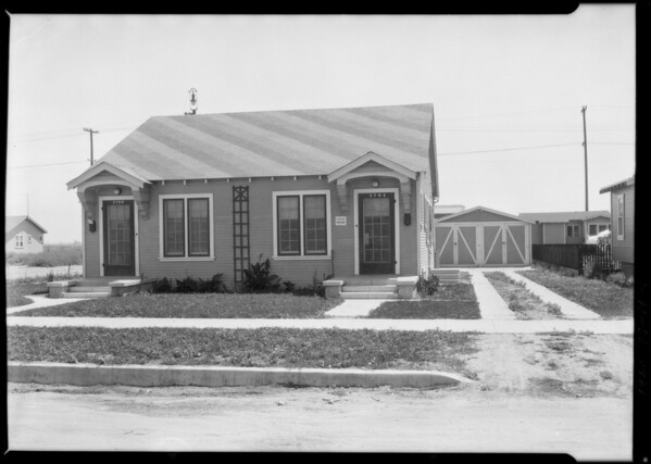 Home duplex at 2700 Exposition Boulevard, Los Angeles, CA, 1925