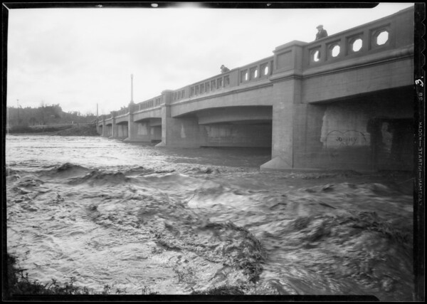 Storm waters, Los Angeles River, Southern California, 1932