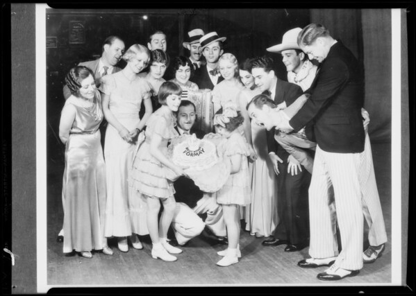 """""""Happy Go Lucky"""" groups, Southern California, 1932"""