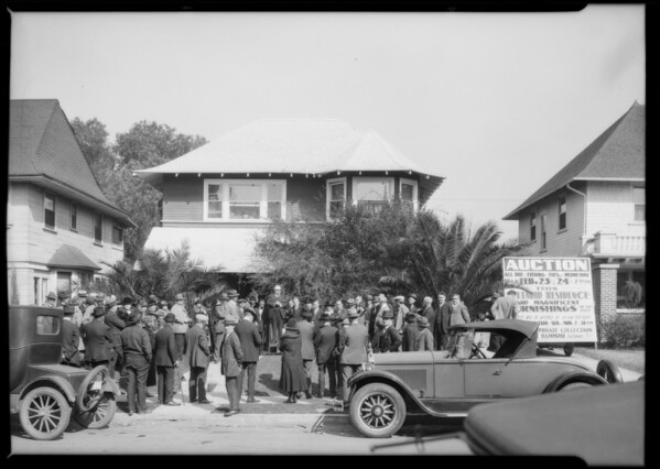 Auction of Dwight Hammond home, Southern California, 1926