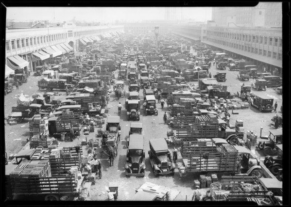 Terminal Market at South Central Avenue and 7th Street, Los Angeles, CA, 1926