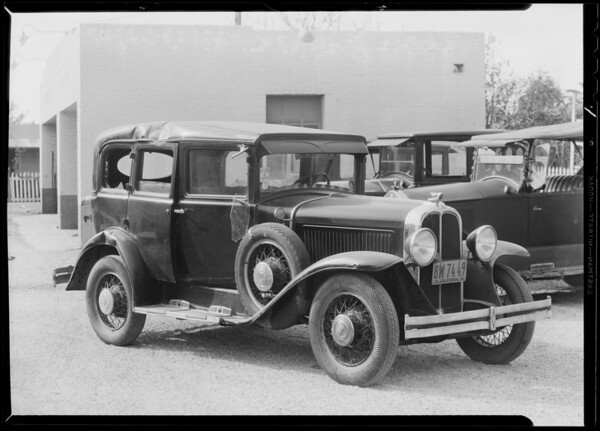 Pontiac sedan - Calvin M. Chrismore, owner, Southern California, 1932