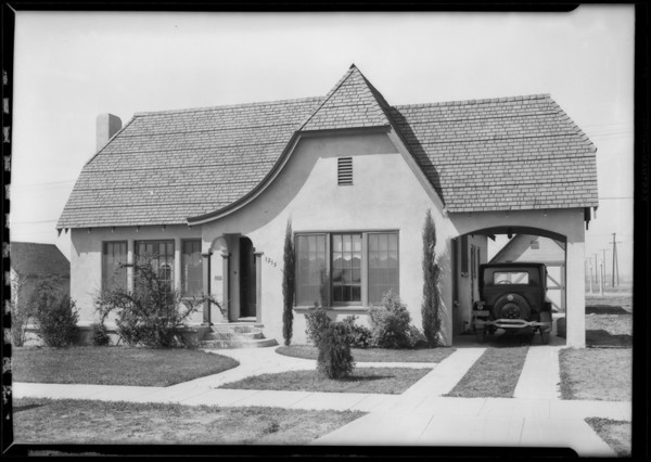 Homes at Golden Gate Square, Southern California, 1927