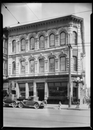 Los Angeles First National Bank, Main and Commercial branch, Los Angeles, CA, 1928
