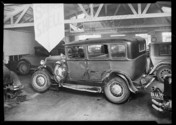 Dodge sedan, R.H. Denham, owner & assured, File #7770, Southern California, 1933