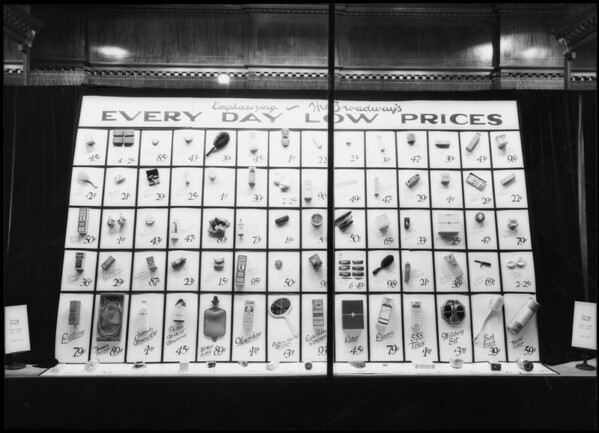 Broadway department store, Los Angeles, CA, 1925