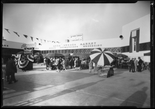 Opening of Leimert Market, Southern California, 1928