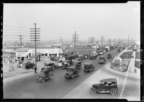 Golden Gate Square, Southern California, 1927