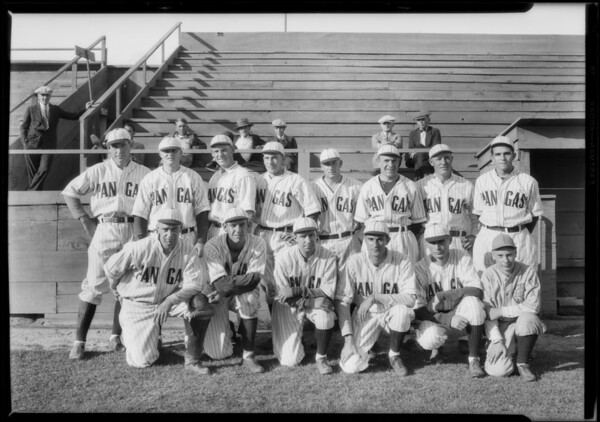 Ball team at Shell Park, Signal Hill, CA, 1927