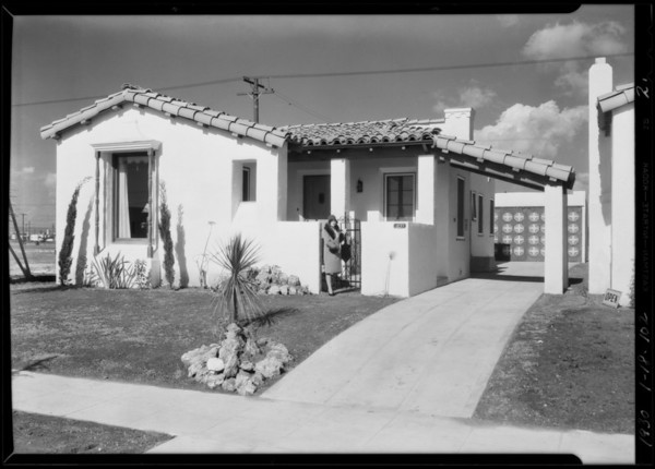 Model home, Vermont Avenue Knolls, Los Angeles, CA, 1930