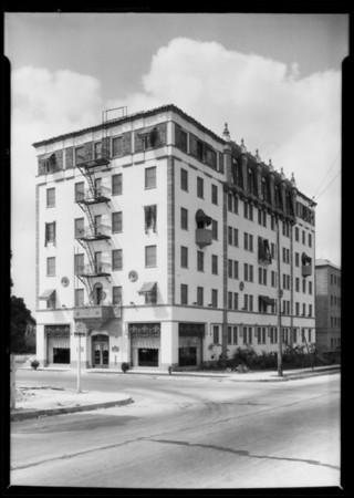 Apartment house at 801 South Gramercy Place, Los Angeles, CA, 1927