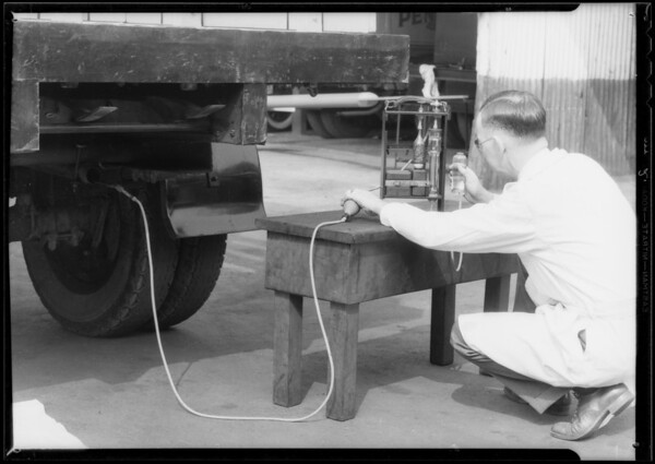 Motor tests at Pennzoil lab, Southern California, 1933