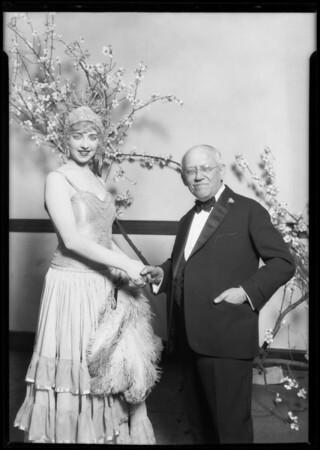 Carl Laemmle and niece, Shrine Auditorium, Los Angeles, CA, 1928