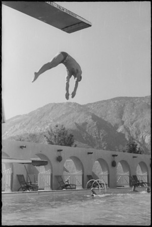 Diving at El Mirador Hotel, 1150 North Indian Canyon Drive, Palm Springs, CA, [s.d.]