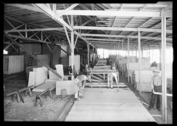 Building Olympic houses, Southern California, 1932