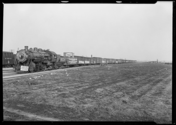 Trainload of Maytag washing machines, Southern California, 1926