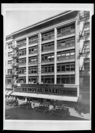 Building exterior--436 South Broadway, Parmelee-Dohrmann, Los Angeles, CA, 1927