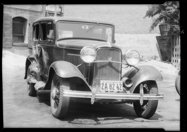 1932 Ford, Nippon Dry Goods Company assured, Southern California, 1934