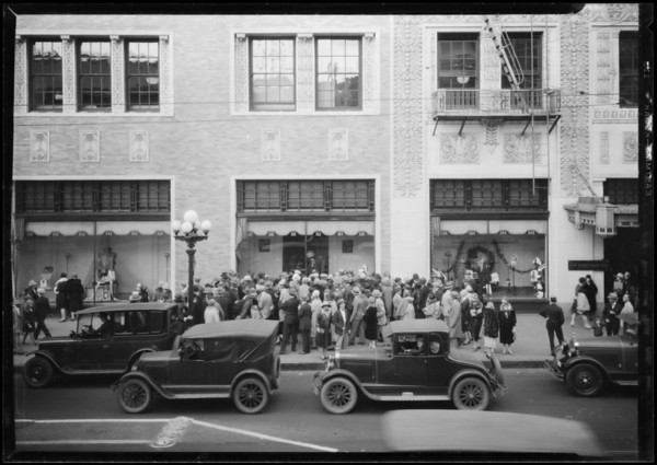 J.W. Robinson department store-crowd watching window, Southern California, 1926