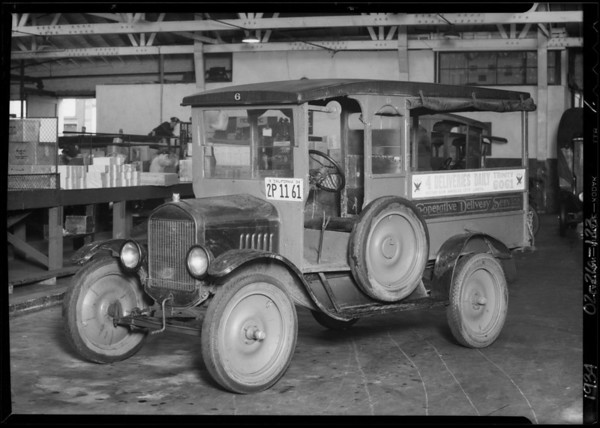 Co-operative delivery truck, Southern California, 1934