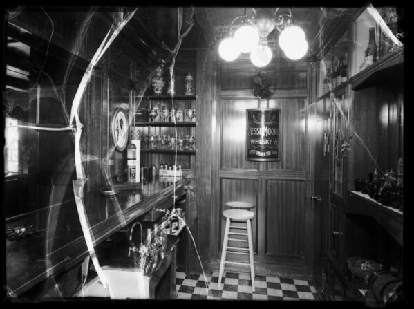 Bar at 700 North Maple Drive, Beverly Hills, CA, 1935