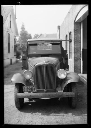REO truck, Nesden Company Incorporated, assured vs. B.A. Haurl, Southern California, 1935