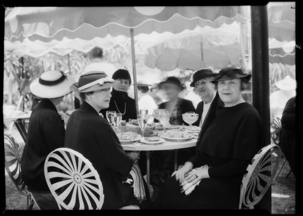 Women at lunch at Lido, Los Angeles, CA, 1935