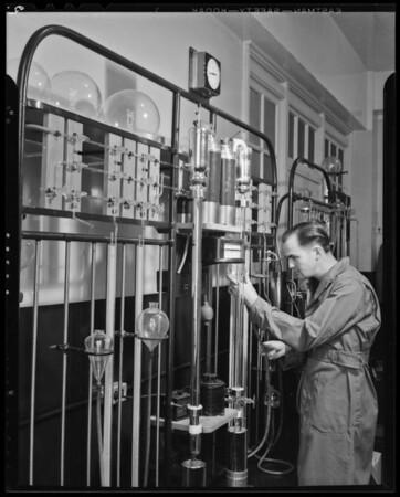 Laboratory shots, Southern California, 1940