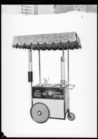 Mission Orange stand, Southern California, 1927