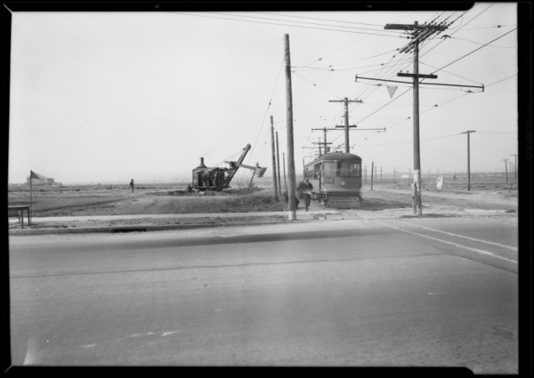 Lowering tracks on Santa Barbara and Leimert Park, Los Angeles, CA, 1927