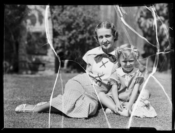 Eleanor and Maxine, Southern California, 1935