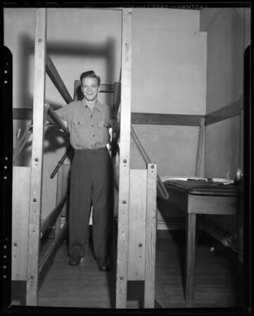 Burch Donahue, Loyola football player at Orthopedic Hospital, Southern California, 1940