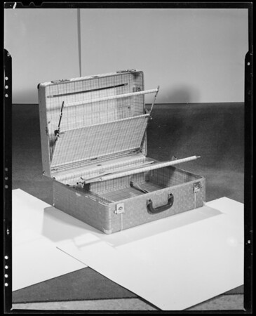 Luggage, Southern California, 1940