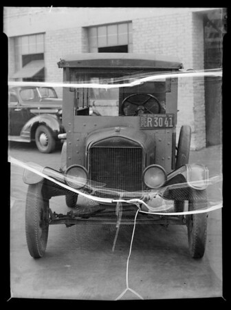 Cooperative Ford delivery car, Southern California, 1935