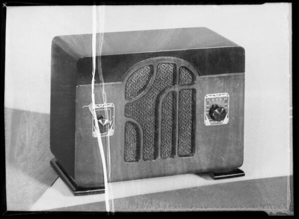 Radio, Southern California, 1935