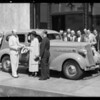 Presenting Packard to Palmolive contest winner, Southern California, 1935