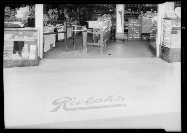Floor at entrance to Ralph's grocery, 926 West 7th Street, Los Angeles, CA, 1935