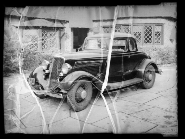 Damaged Ford car, Carlton Williams owner & assured, Southern California, 1936