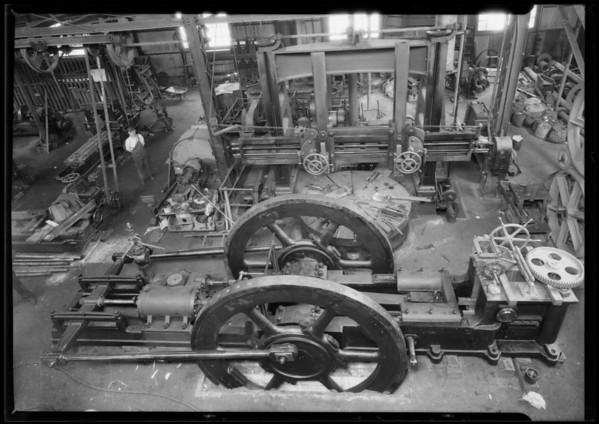 Briquetting machine at Fernholtz Machine Co., Southern California, 1926