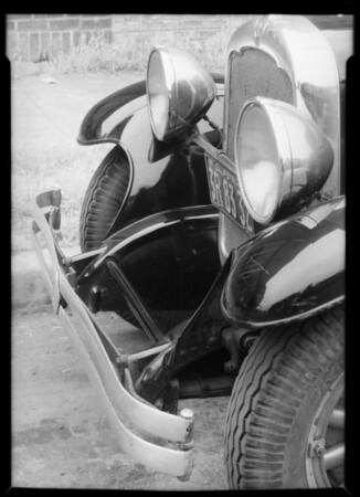 REO sedan, J.F. Warren, owner & assured, Southern California, 1935