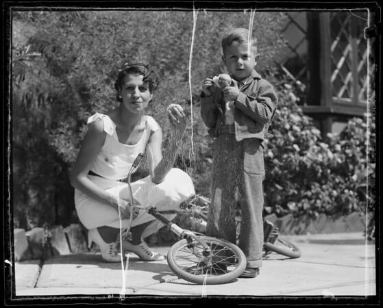 Her boy Kenney, Alice Bohrer, Southern California, 1935