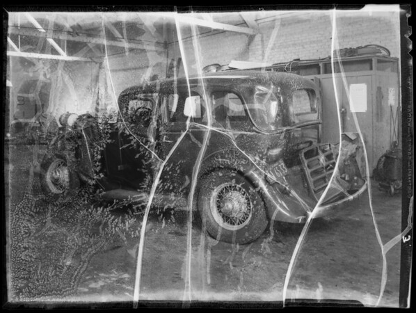 Wrecked Graham-Paige sedan, Southern California, 1935