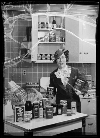 Miss Edwards does her shopping, Southern California, 1936