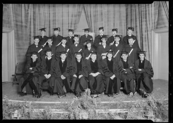 Graduating class of L.A. School of Optometry, Los Angeles, CA, 1927