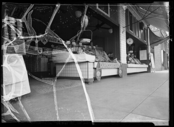 Atlantic & Pacific store front, South Pasadena, CA, 1936