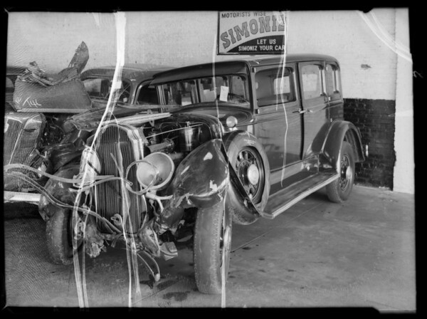 Wrecked Studebaker & Chrysler, Iveson vs. Baller, Southern California, 1935