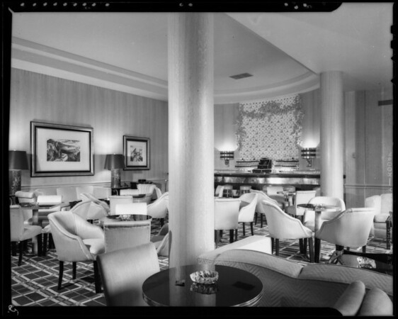Cocktail room, Southern California, 1940