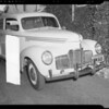 Studebaker sedan showing damage to right front, 1913 Oxley Street, South Pasadena, CA, 1940